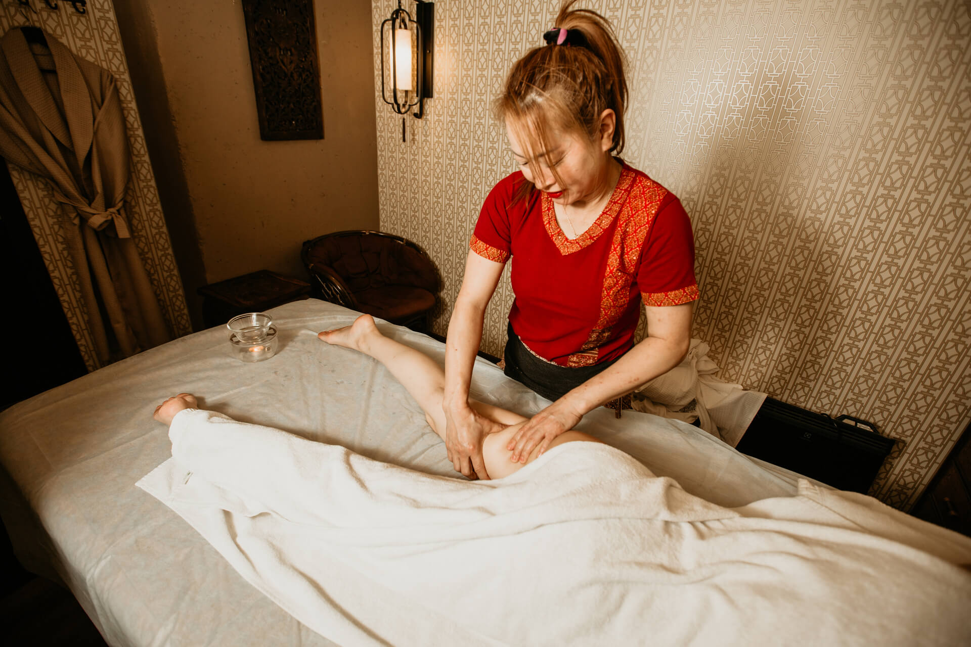 Антицеллюлитный тайский массаж